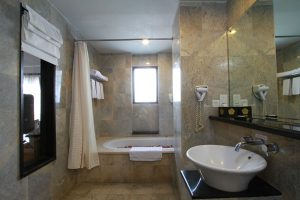 Bath Room Family Room